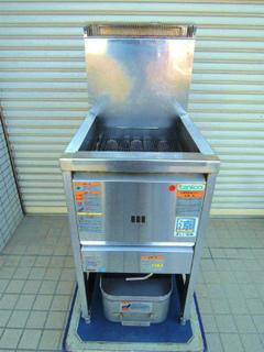 20160827厨房・ガスフライヤー.jpg